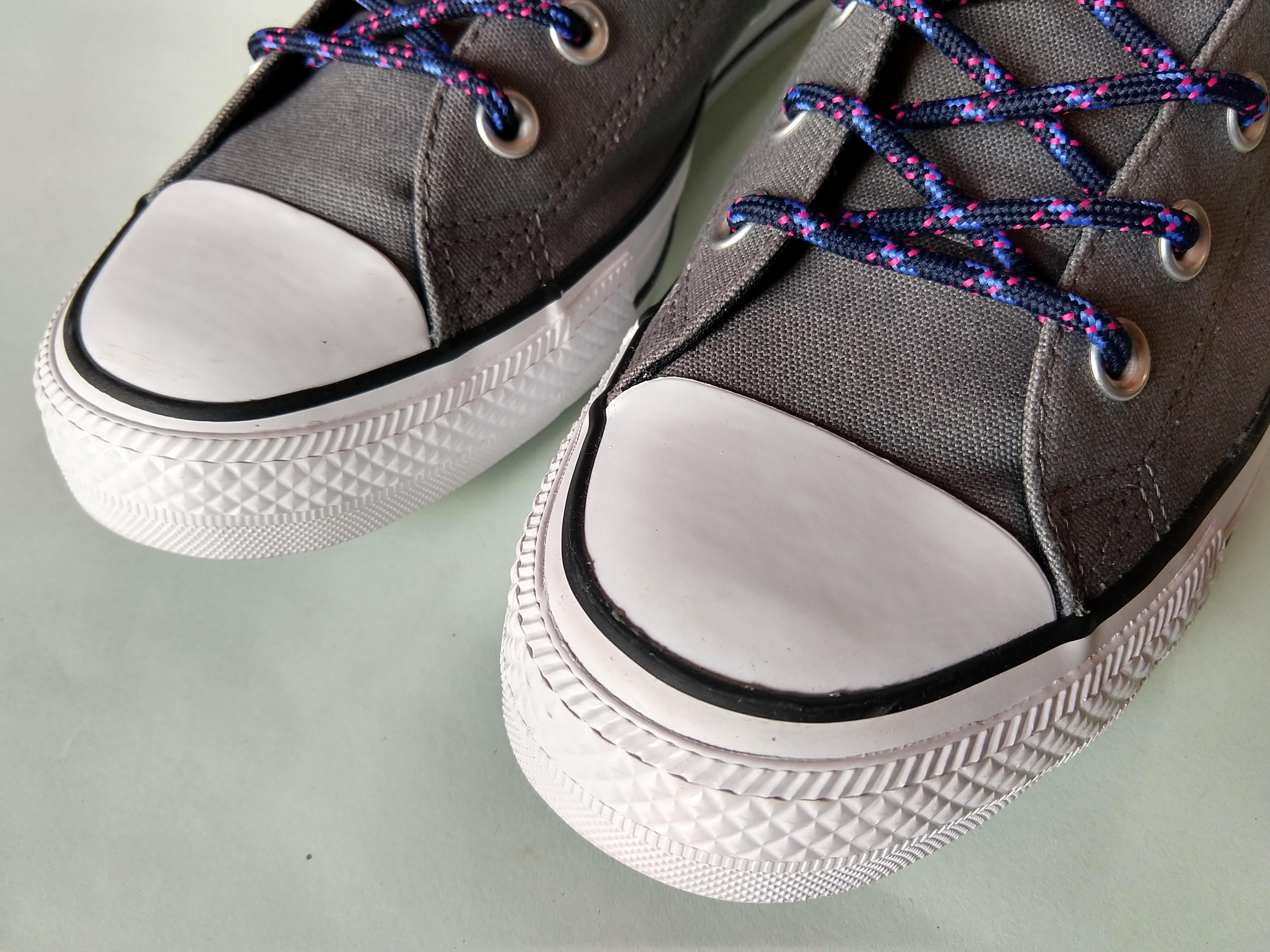 Converse Unisex Grey Solid Mid-Top Sneakers